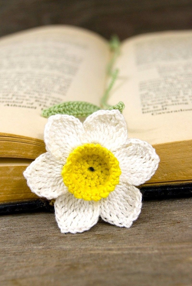 Knitted Daffodil Brooch Pattern : Crocheted Flower Bookmark Handmade Daffodil With Yellow Center Crochet flow...