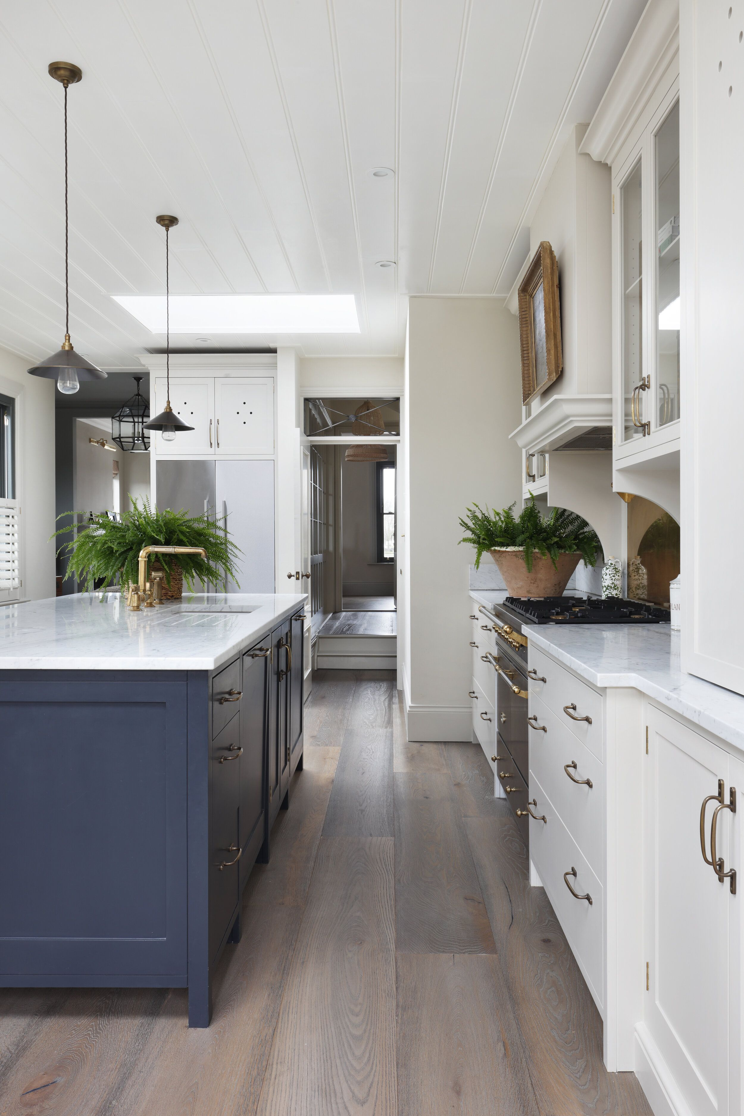 Farmhouse Kitchen With Natural Skylight Kitchen Shiplap Kitchen Interior Skylight Kitchen