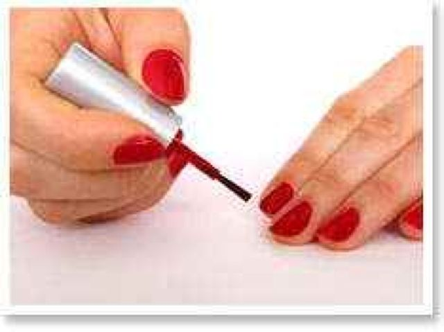 How To Fix That Goopy Nail Polish Manicure Red Nails Nail Polish