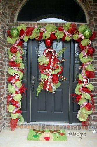 Christmas Porch Decorating Ideas via Christmas Pinterest