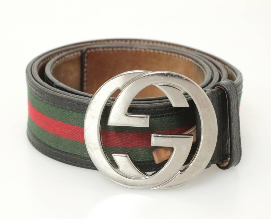 7166a3729290c Gucci Belt (Men s Pre-owned Black Leather   Green   Red Nylon GG Logo  Buckle Web Belt)