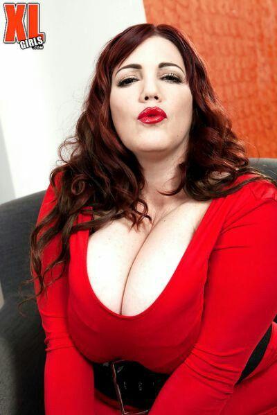Roxee Robinson Nude Photos 7