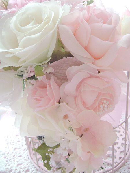Shabby Chic roses | Delicate blossoms | Pinterest
