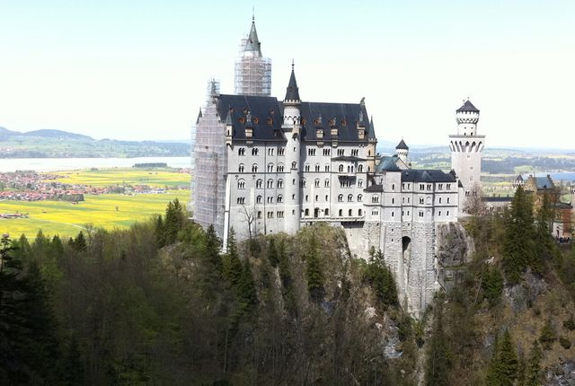 Schloss Neuschwanstein Schwangau Germany Neuschwanstein Neuschwanstein Castle Beautiful Castles Castle