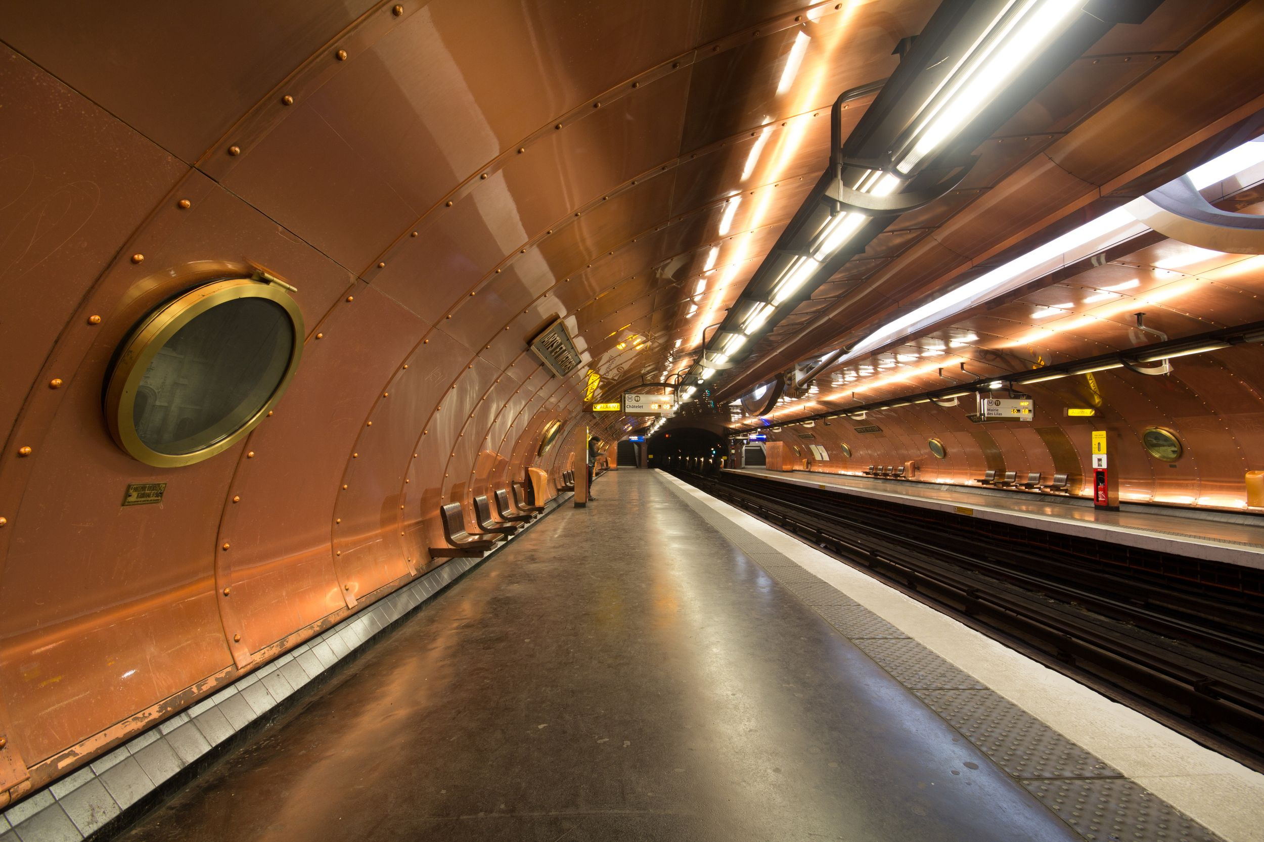 Elegant Get Lost In The Imaginary World Of Jules Verne At The Arts Et Métiers  Station In