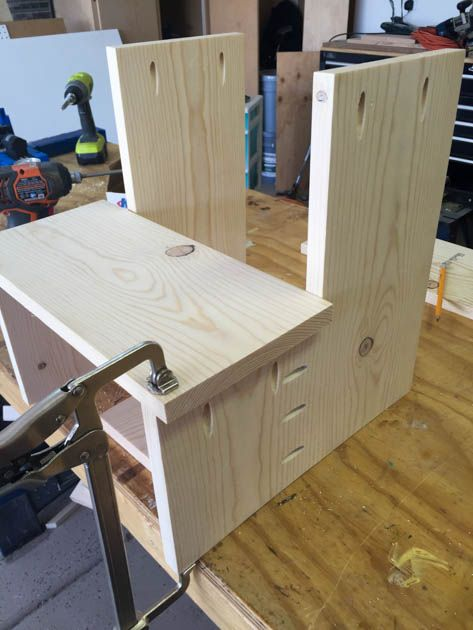 One Board Challenge - Rustic X Back Step Stool   мебель из