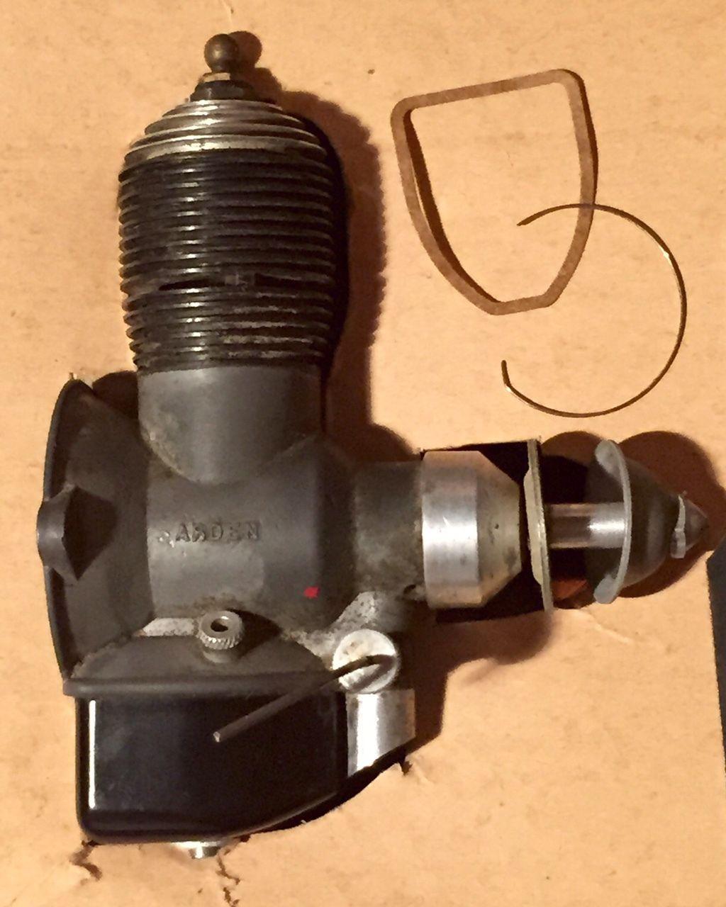 Vintage 1940's Arden 199 Model Airplane Engine in Original