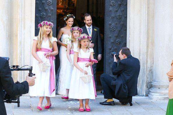 Andrea Wolf VIENNA, AUSTRIA - June 07: Juan Zorreguieta and Andrea Wolf, with flowers girls (L-R) Catharina-Amalia, Princess of Orange, Prin...