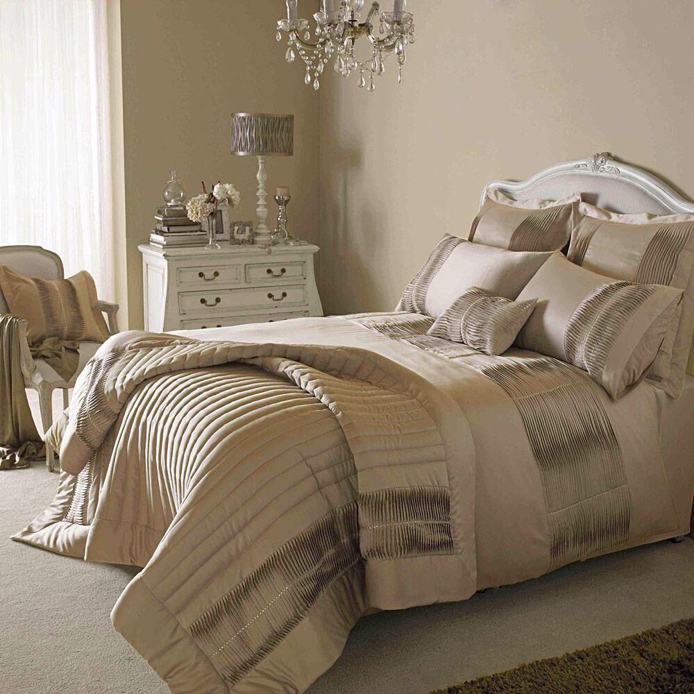 Champagne Coloured Bedroom Luxury Bedroom Decor Champagne