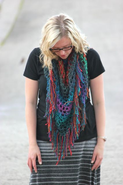 Easy Triangle Fringe Scarf - crochet   Free Patterns for Scarves ...