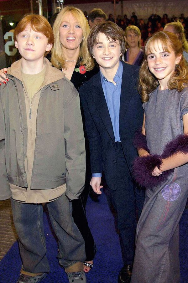 Then And Now Harry Potter Actors At The First Movie Premiere And The Last Harry Potter Actors Harry Potter Cast Harry Potter Movies