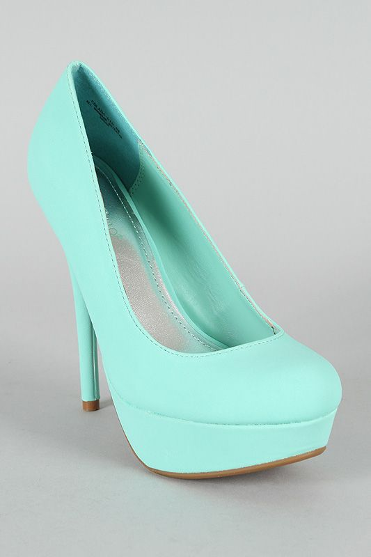 aa7edaf34c34 Pretty positive I need these Tiffany blue pumps... and they re cheap ...