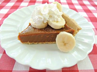 Caramel Banana Pie (Banoffee Pie) & Holding Steady in the Storm - Southern Plate #bananapie