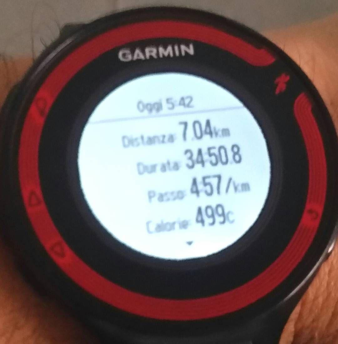 #bellofresco #jobdone #goodrunningmorning #earlybird #escisubito #instarun #igrunner @garmin @garminitaly #igersitalia @igrunners #training #corsa #instatraining #followme #followforfollow #forerunner #fr220 #nessunascusa #runlover @justrunnnxc #instamarathon #maratona #runnerscommunity #justdoit @decathlonitalia #martedì #tuesday #runninginthesunshine  #saucony #mizuno