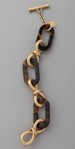 tortoise shell and gold chain links