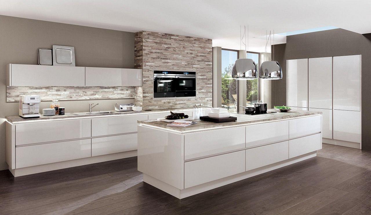 AuBergewohnlich Design Einbauküche Norina Weiss Hochglanz Lack Küchen Quelle Weiße Küche  Weiße Arbeitsplatte | TopHauzIdee.