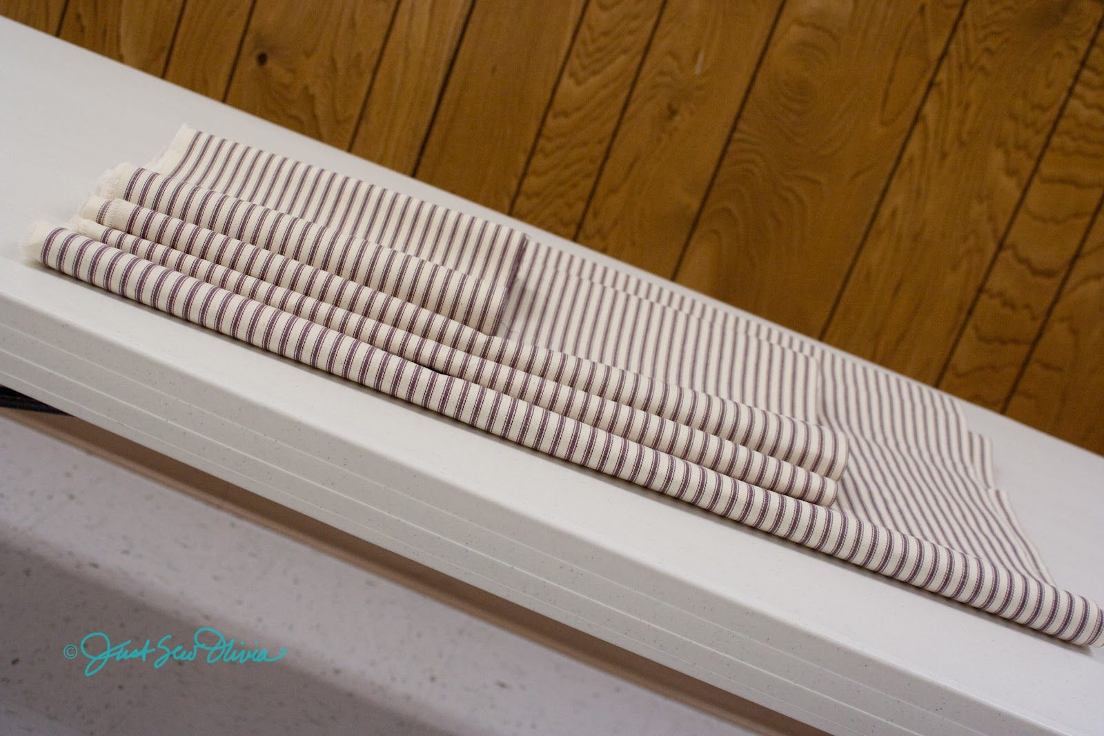 Learn to make fabric leaders for a longarm quilting frame.   Fav ... : longarm quilting gadgets - Adamdwight.com