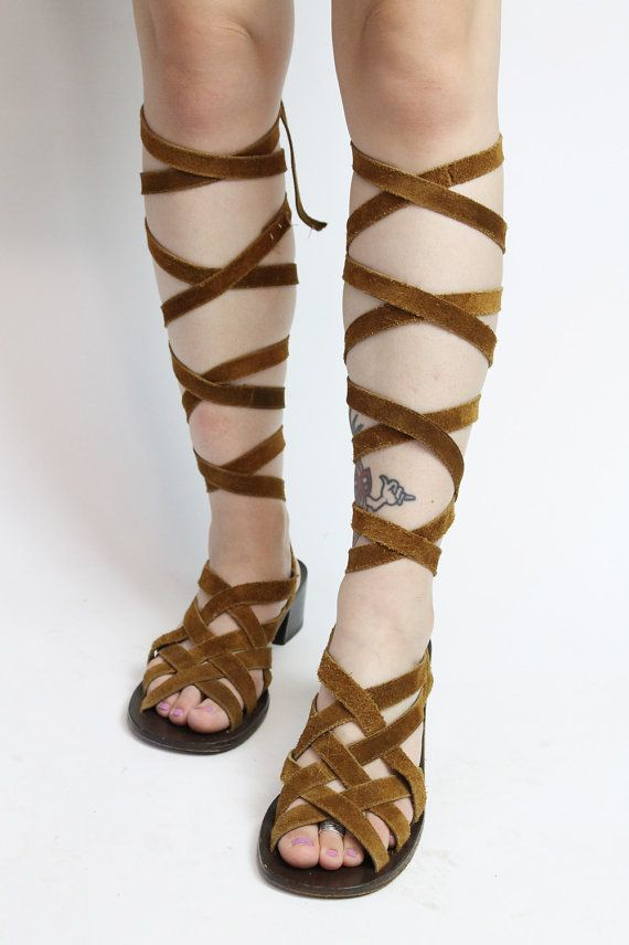 1970s Vintage Brown Leather Sandals