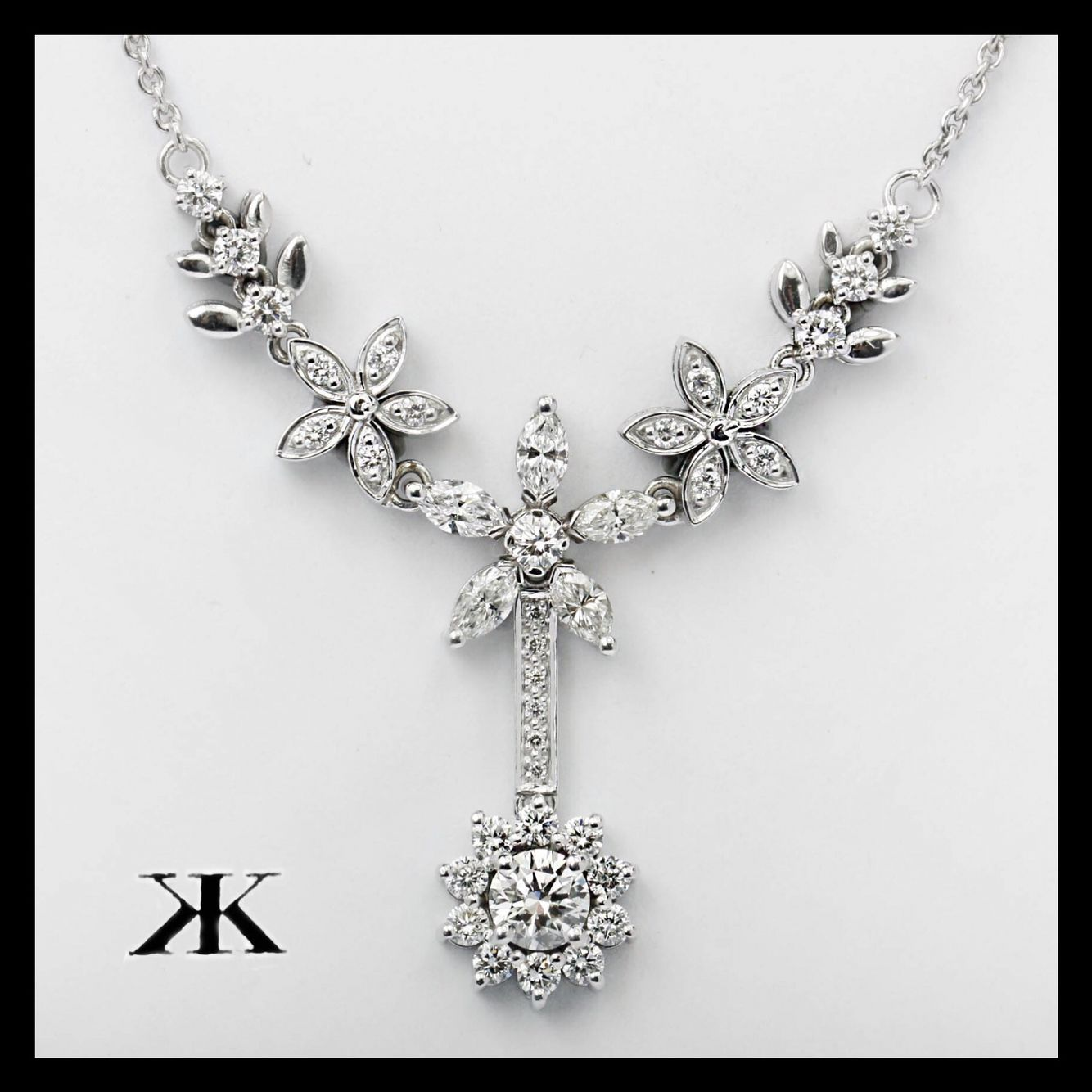 #diamondnecklace#diamondjewellery#custommade#kalfinjewellery#diamondjewellery#diamondringsmelbourne#engagementringsmelbourne#weddingrings #genstring #jewellersmelbourne #cbdjewellers #design #collinsst #Melbourne #diamondjewellery #diamondhalorings #custommade  http://www.kalfin.com.au/collections/couture/