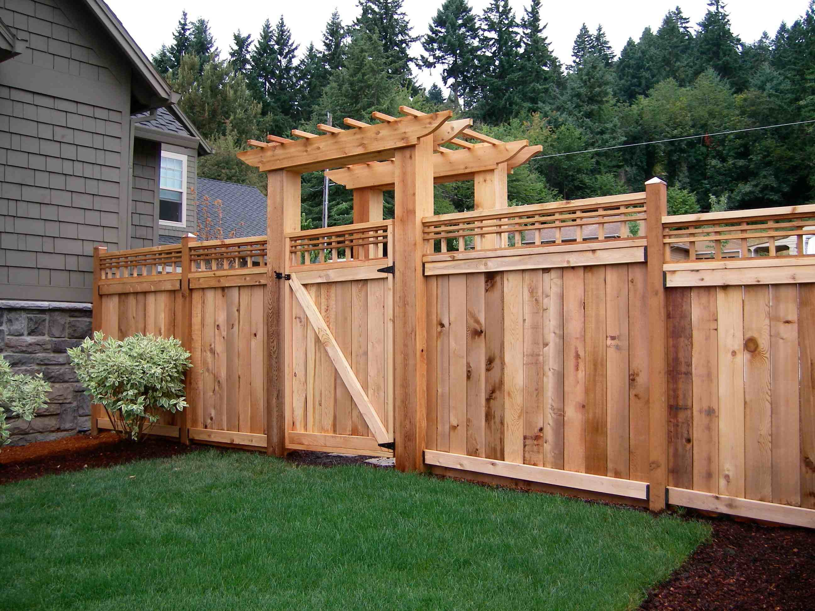 Awesome private fence Garden ideas Pinterest