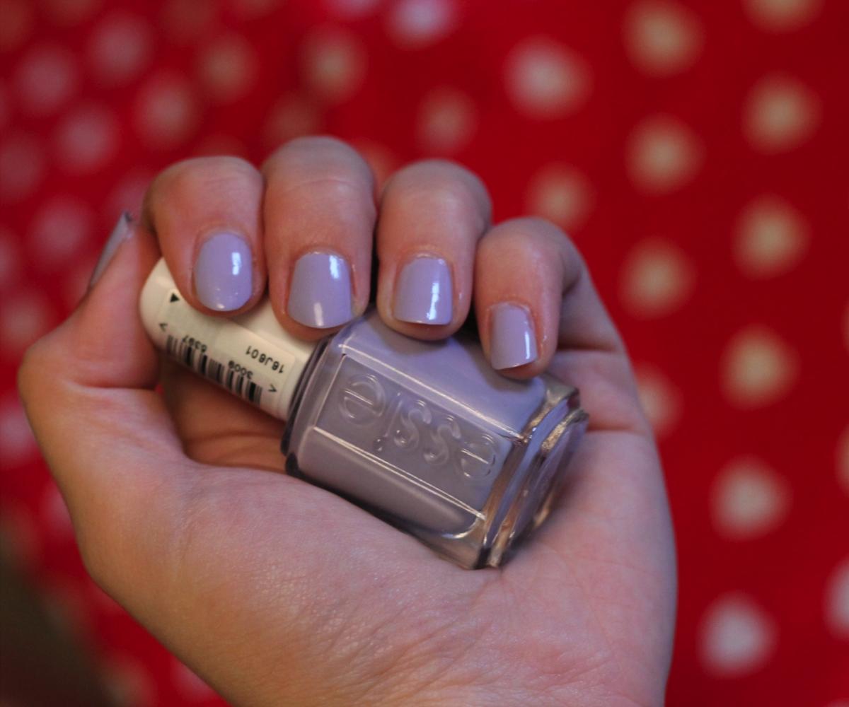 Pastel Nails Swatch Essie