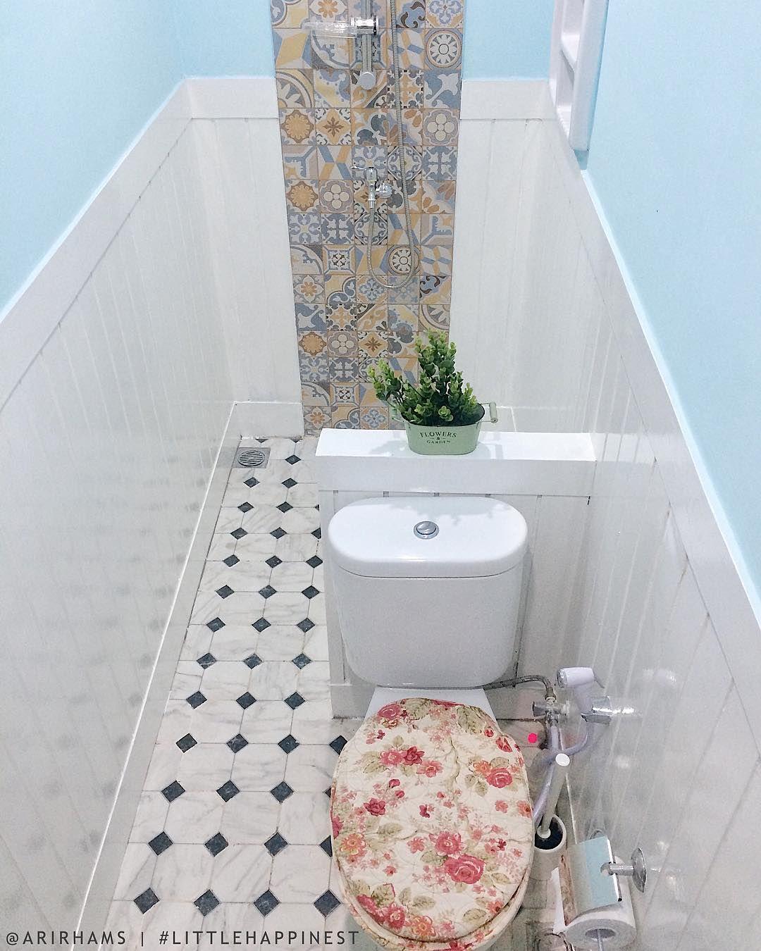 My Private Bathroom Satu2nya Kamar Mandi Kering Di Littlehappynest Khusus Mami Cyla Aja Yg Pake Papa Boleh Numpang Pipis Ka Kamar Mandi Mandi Home Decor