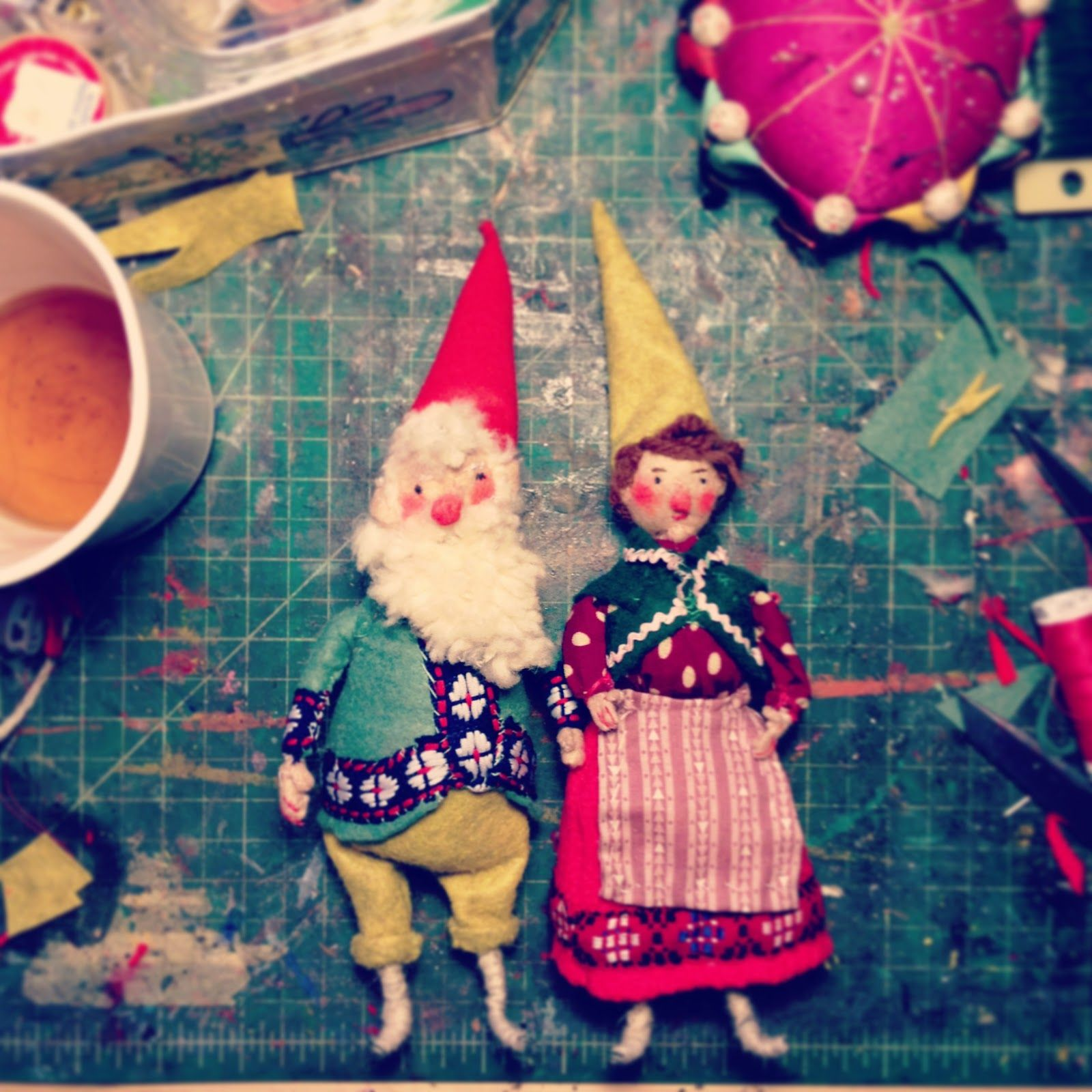 PHOEBE WAHL Dolls handmade, Kitsch christmas, Kids