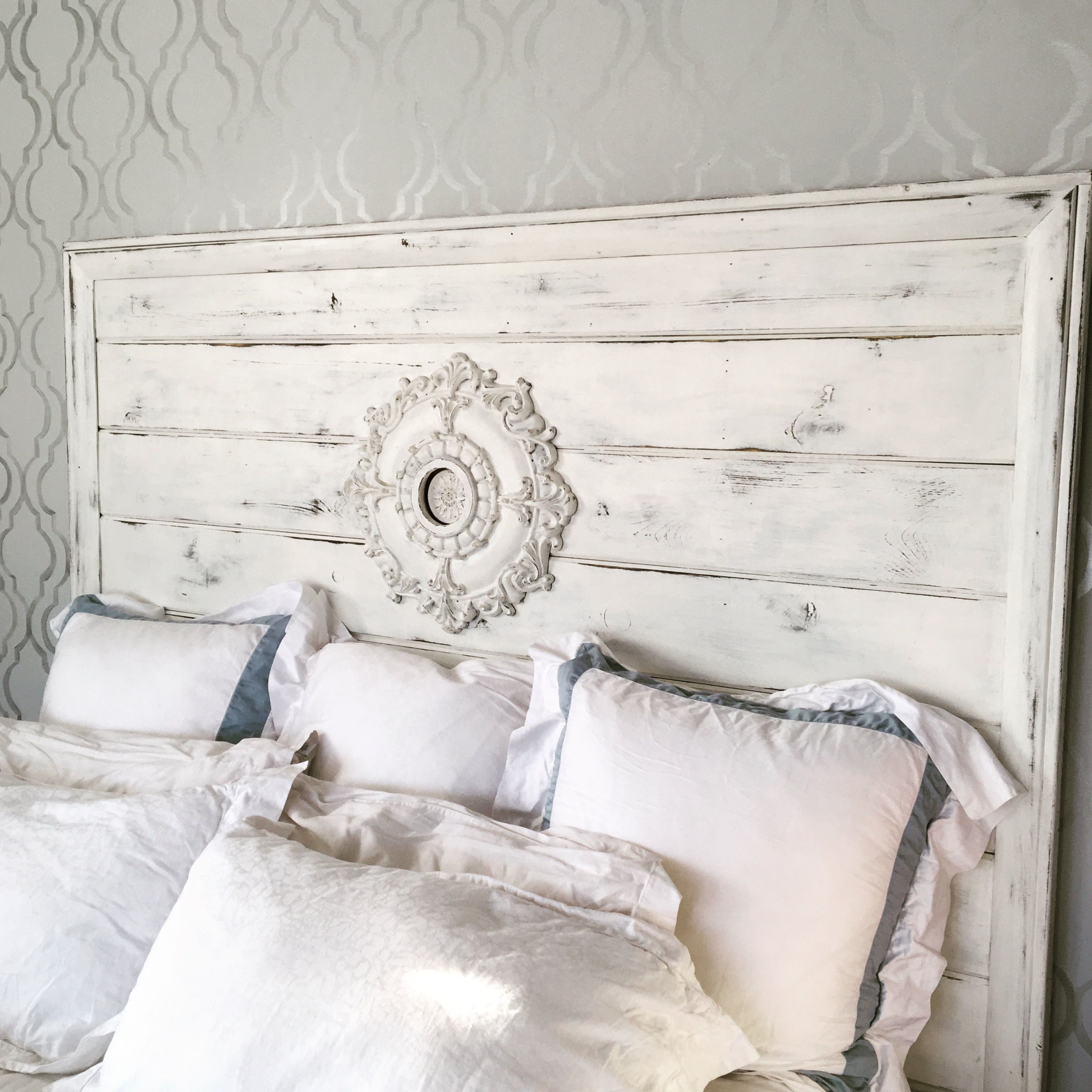 DIY Farmhouse Headboard Distressed White