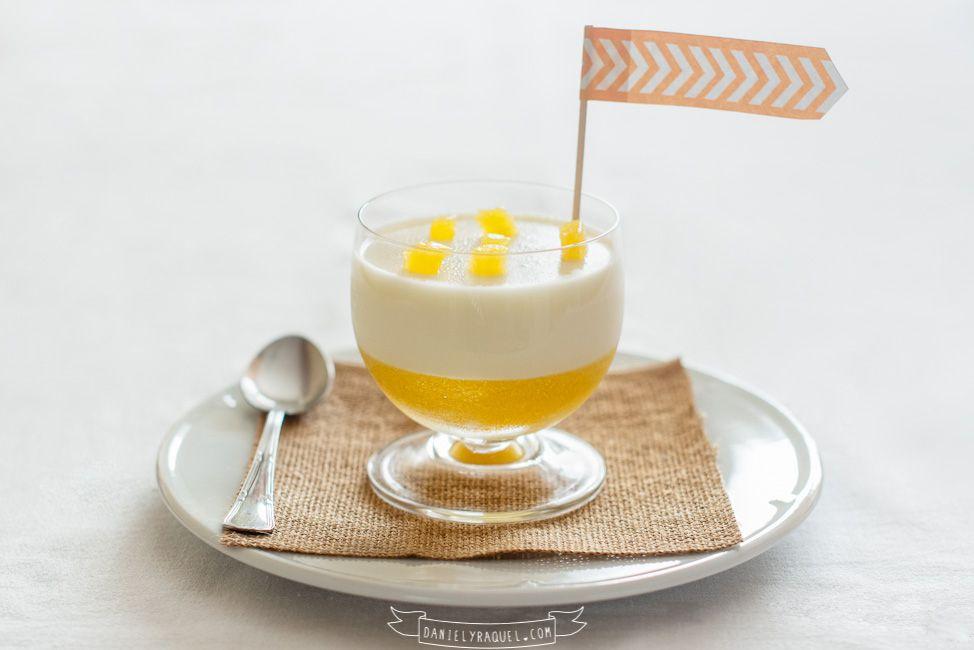 vasito de fruta con panacota de yogur