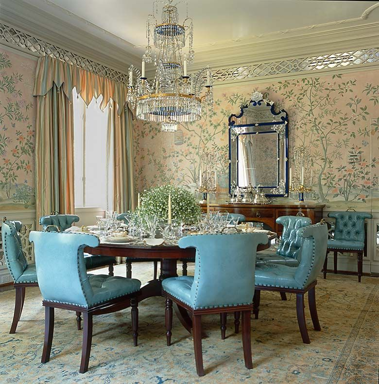 Britton Smith Formal dining room table decor, Dining