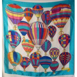 5a35ccab85b2 foulard en soie,gucci, vintage, montgolfières, carré gucci, silk scarf gucci