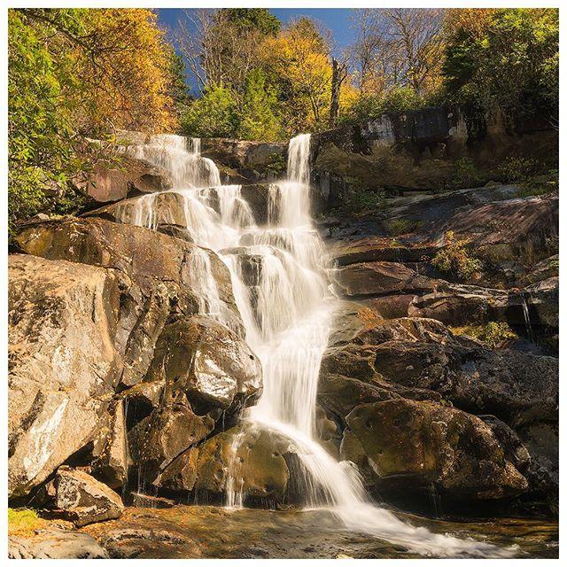 Bob Carr Bobcarrphoto Instagram Photos And Videos In 2020 Great Smoky Mountains Instagram Instagram Photo
