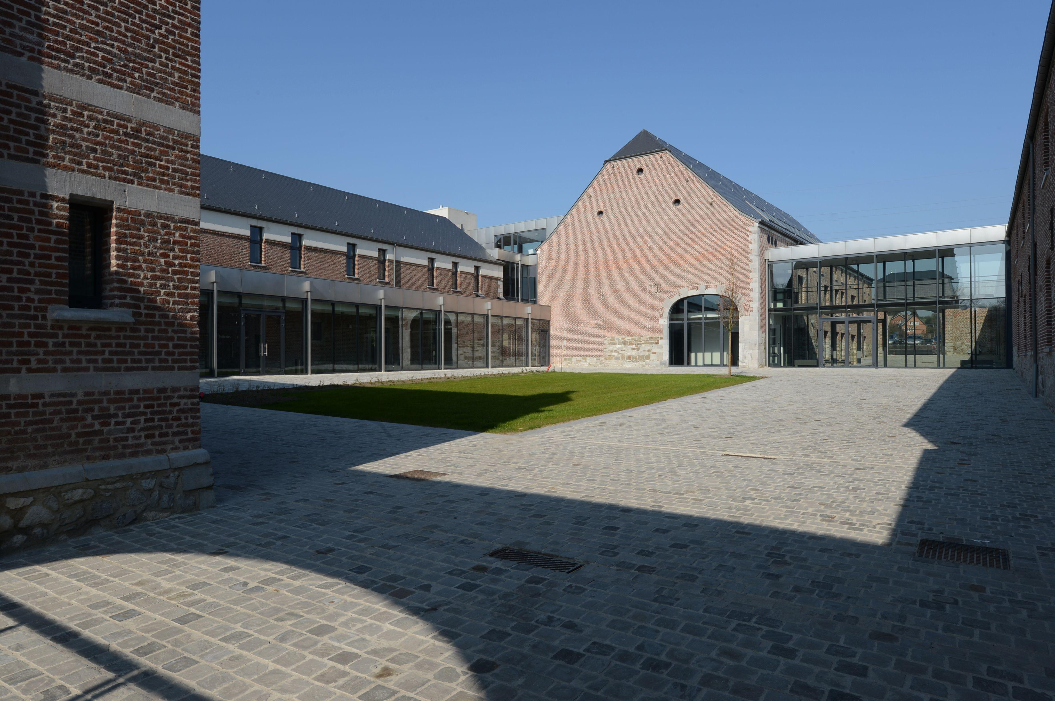 Wanze Cour intérieure de la ferme Mottet