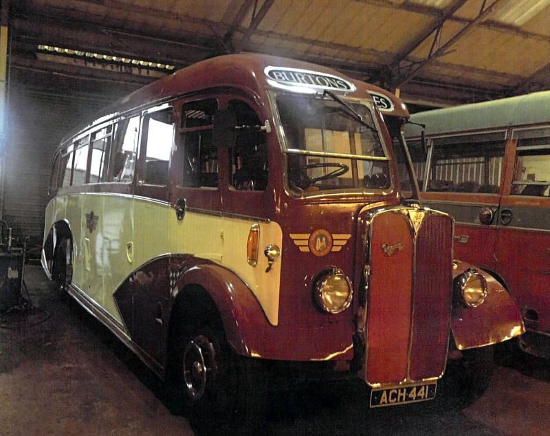 Auction Lot 3134 (1948 AEC Regal III single deck coach with Windover
