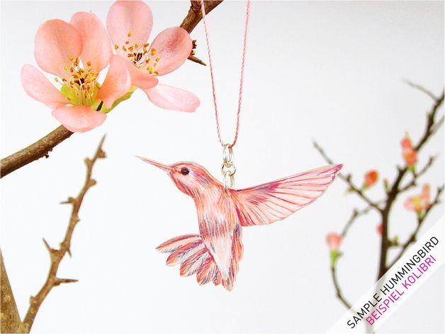 The prettiest illustrated hummingbird necklace
