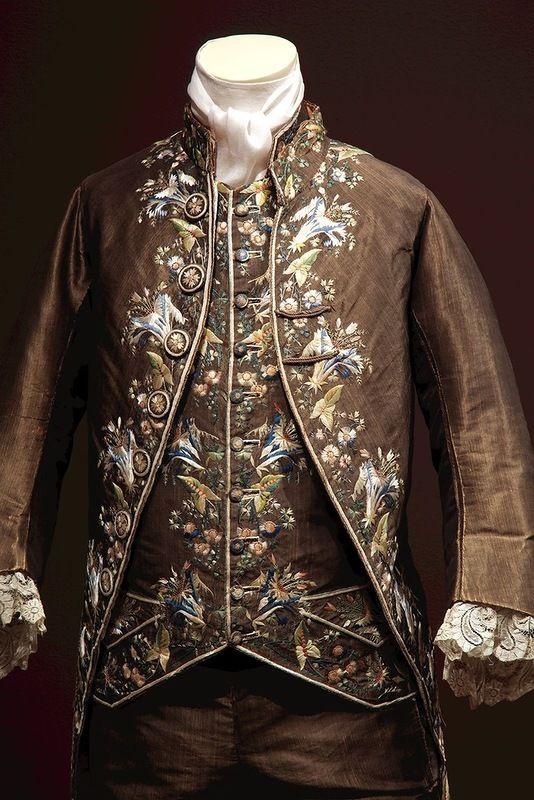 европейские мужские костюмы XVIIIвека из коллекции The Metropolitan Museum of Art
