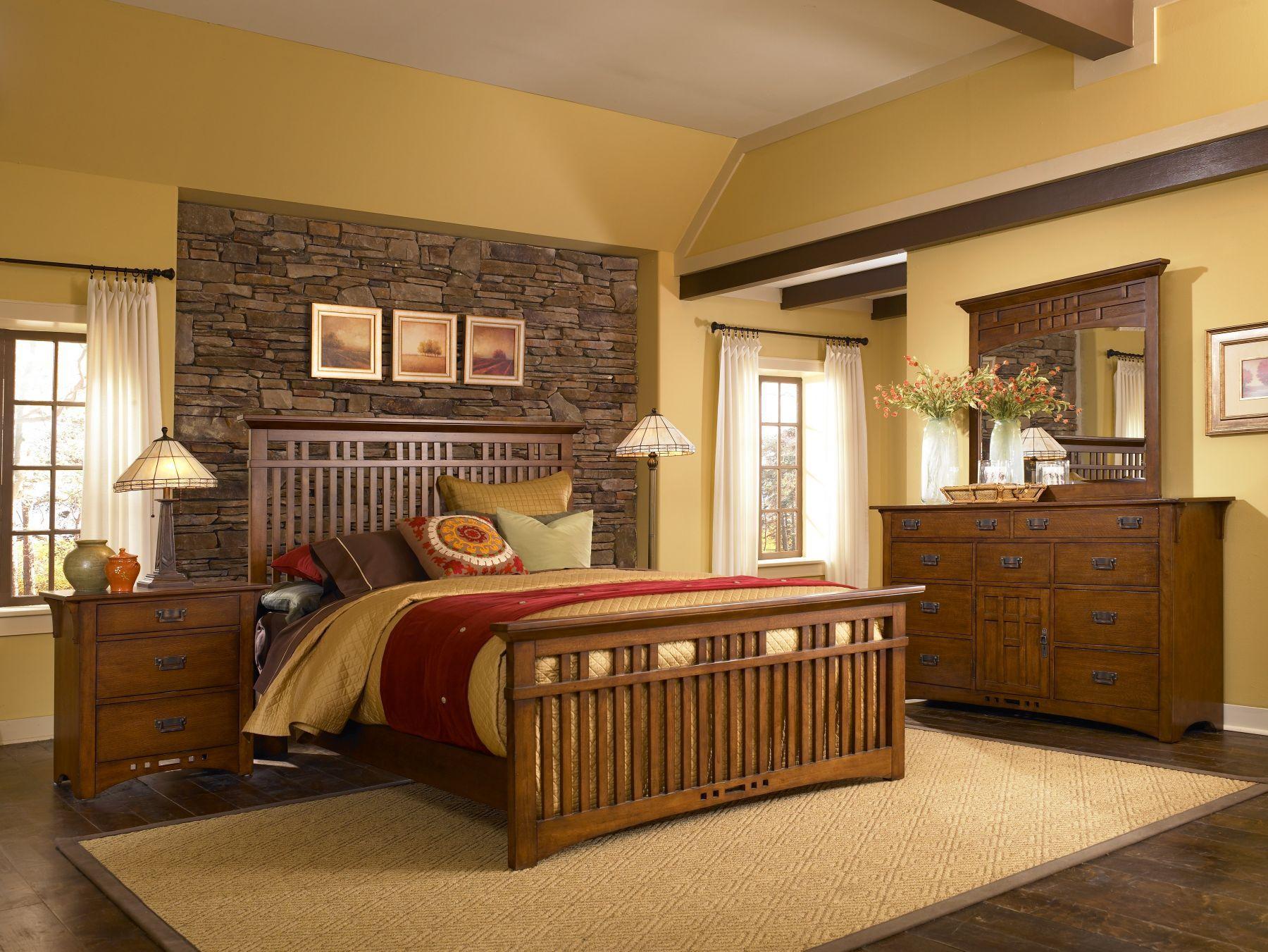 Grown up furniture Broyhill Artisian Ridge California King Suite