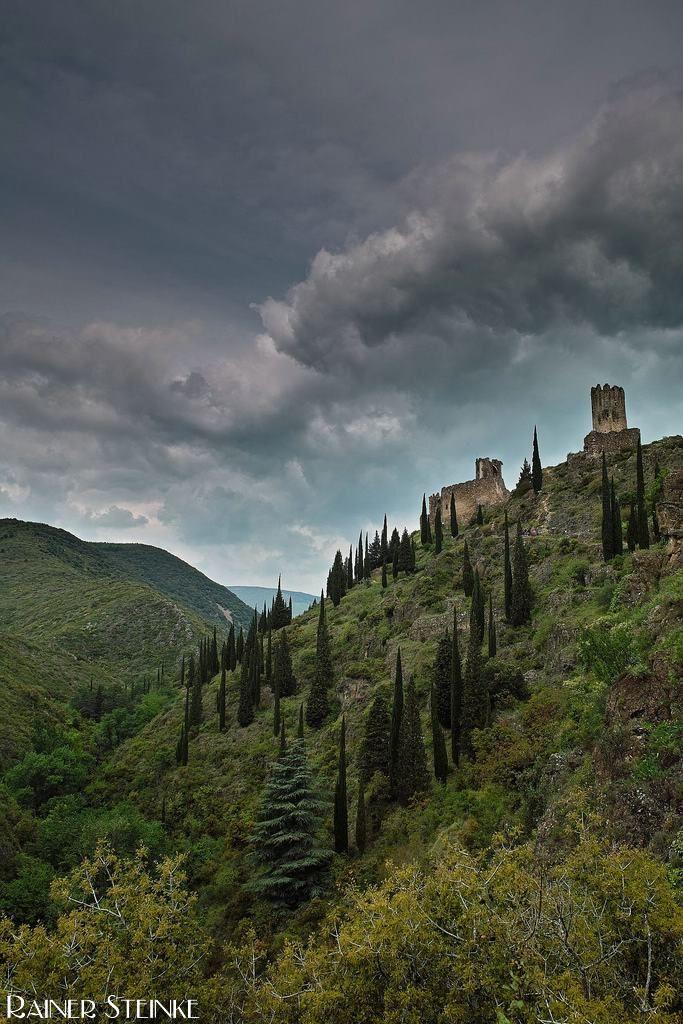 Chateaux de Lastours (F), auf den Spuren der Katharer.   Kult-Urzeit
