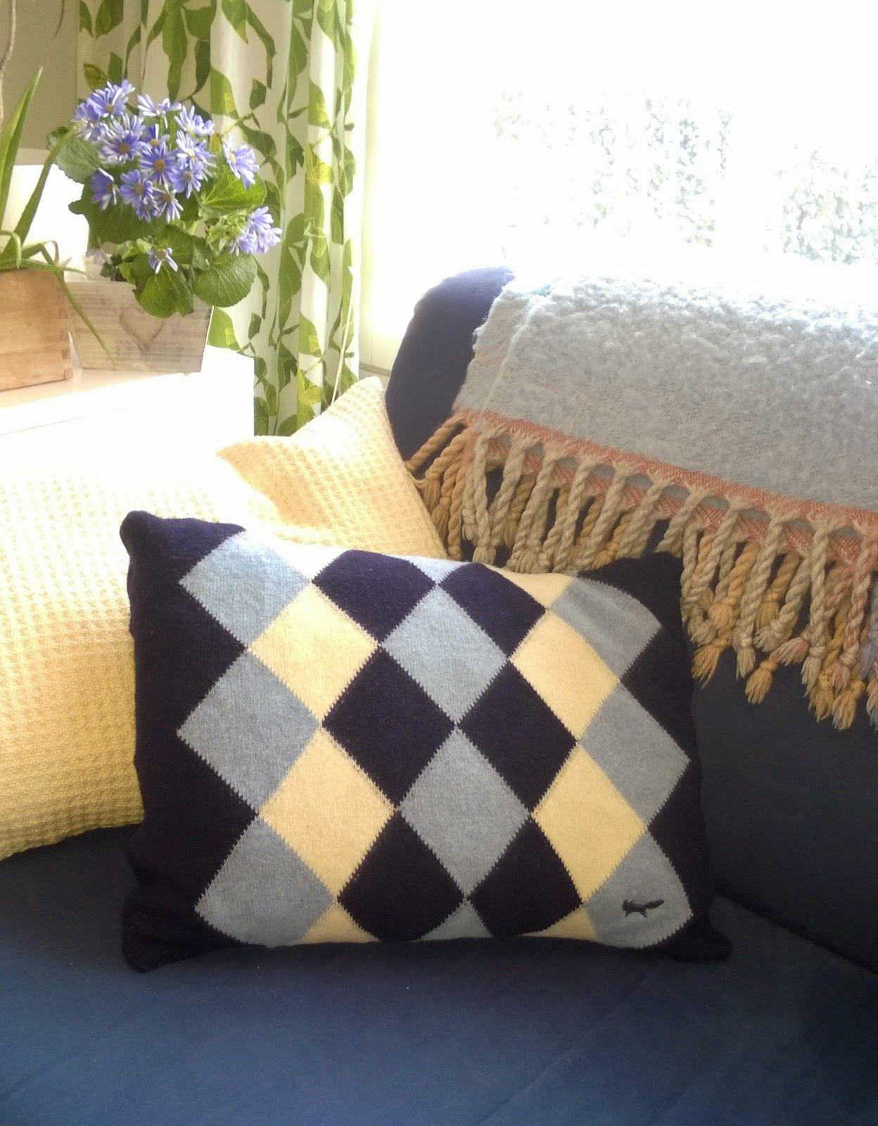 Tuunausta ja tekeleitä: Talvityyny villapaidasta