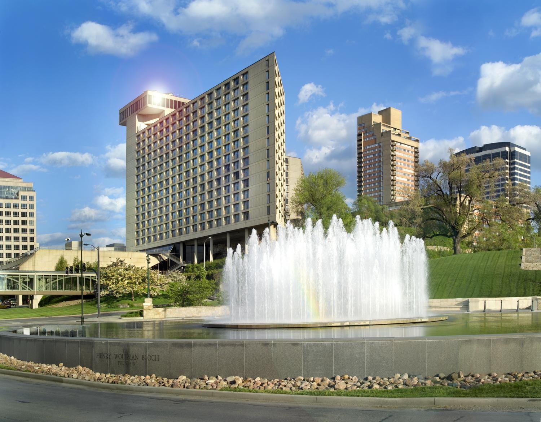 Westin Kansas City Mo Brutalist Kansas City Kansas City Missouri Crown Center