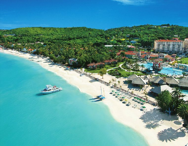 Dickenson Bay Beach in St. Johns #Antigua #travel | Cruise vacation,  Resort, Vacation trips