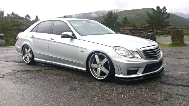 2009 Mercedes E Class Amg Lowered On 20s E63 Amg Wagon Lowered