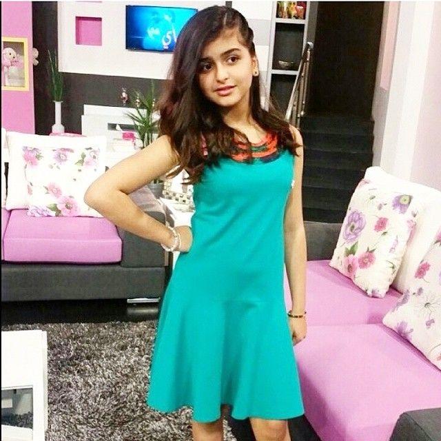 صور حلا ترك 2020 حساب حلا ترك انستقرام صور بنات 2020 الصفحة العربية Indian Women Desi Girl Image Sleeveless Formal Dress