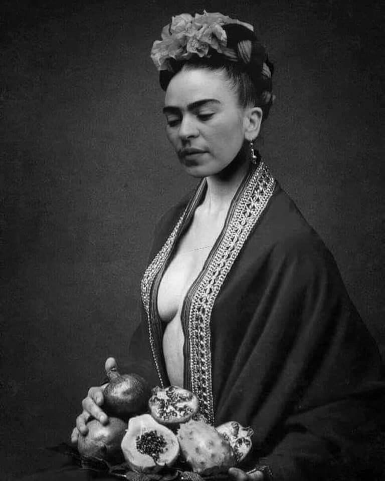 Frida Kahlo Told Her Husband I M Not Asking You To Kiss Me Nor Apologize To Me When I Think You Re Wrong I Frida Kahlo Husband Frida Kahlo Artist Painting