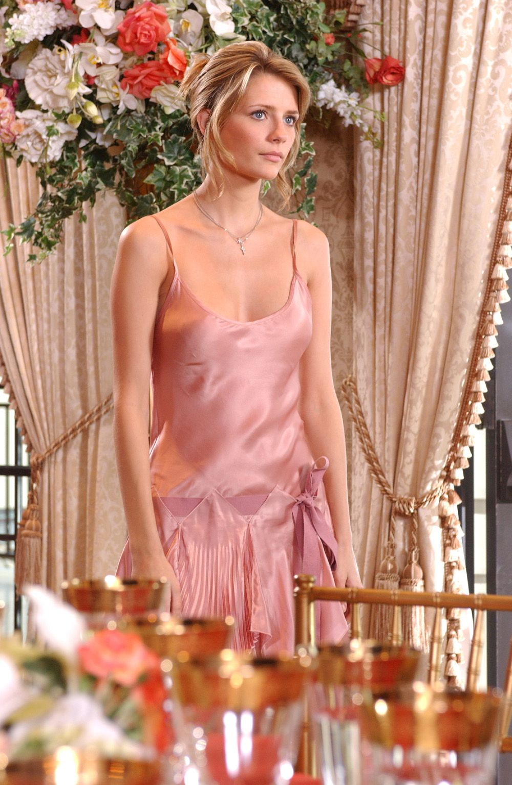Marissa Cooper in a blush pink dress hitting all the right metallic ...