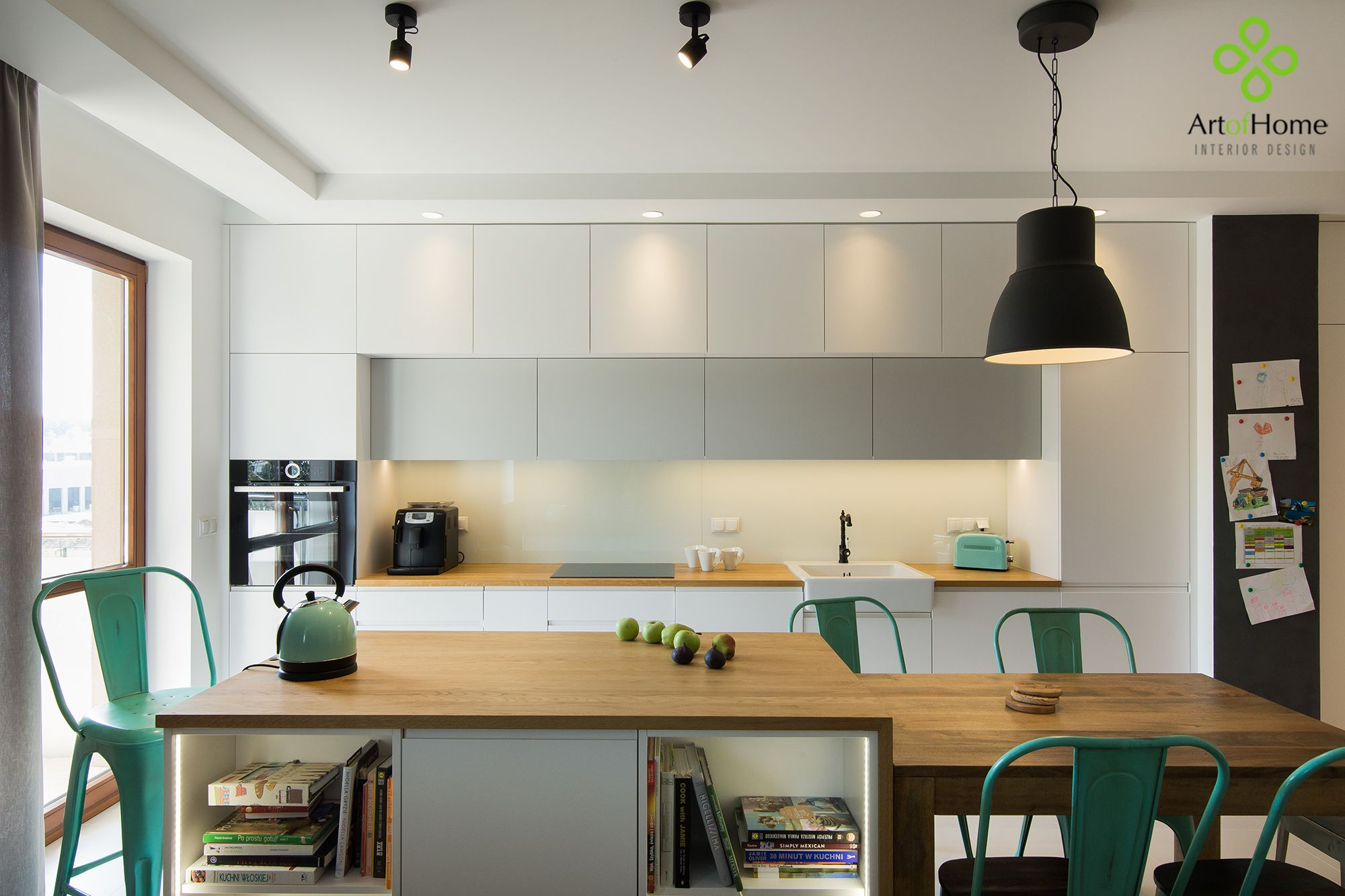 Foorni Pl Projekt Artofhome Minimal Realisation White Matte Fronts Kitchen Glass On Wall Kitchenisland Blackboard Wall White Kitchen Home Decor
