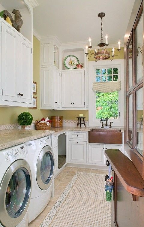 I <3 fancy mudrooms / laundry rooms