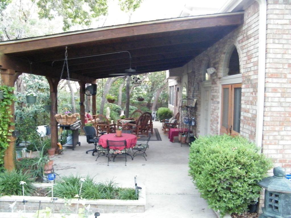 Beautiful backyard area. 10092 Circleview Dr. Austin, TX ...