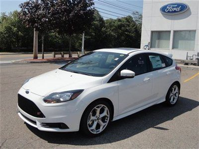 2013 Ford Focus St White Wallpapers For Android Ford Focus