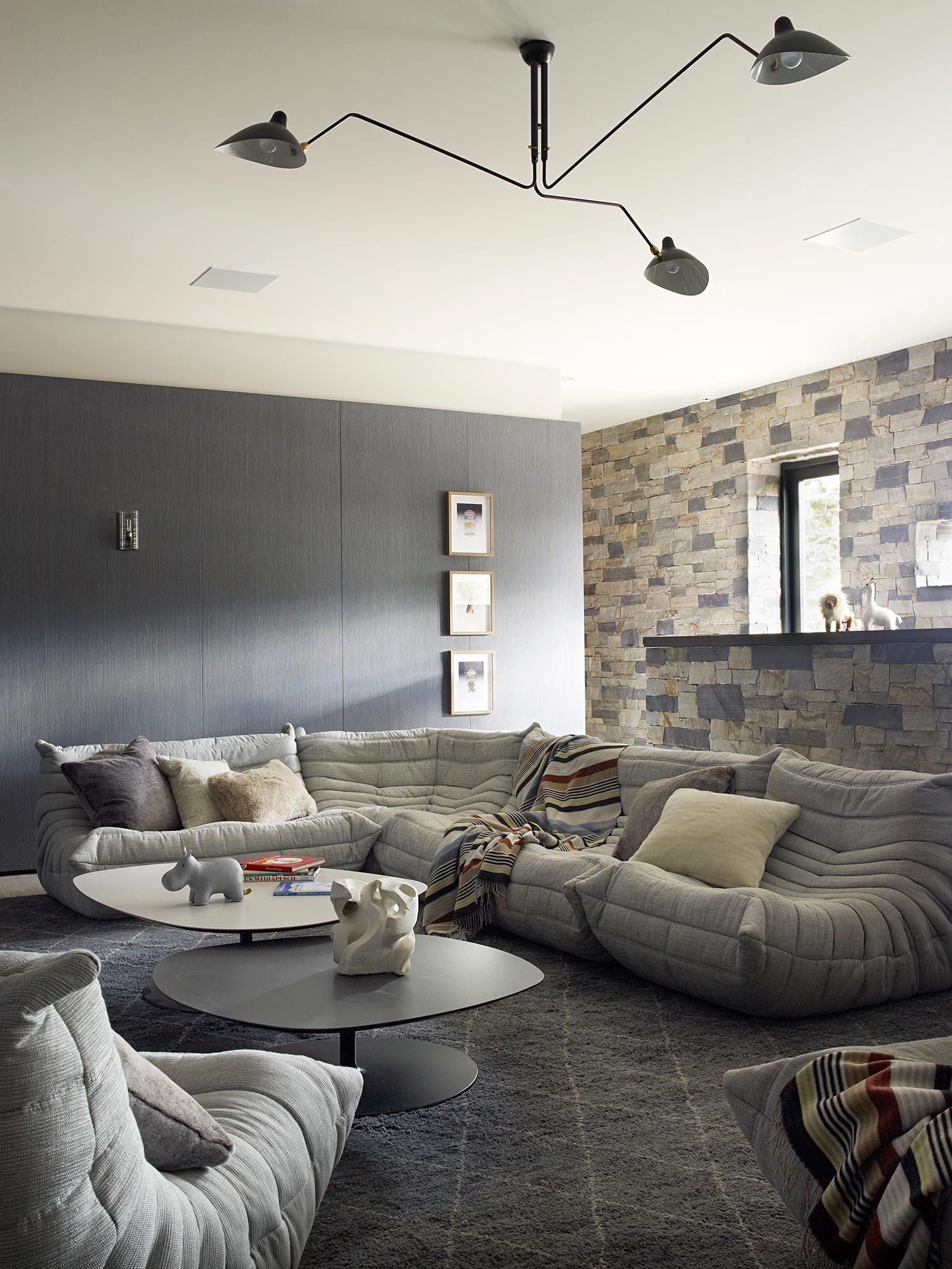 Prj Martis Camp Jamie Bush Co With Images Modern Family Rooms Room Luxury Living Room